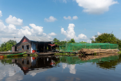 tonle Sap - Mechrey floating village